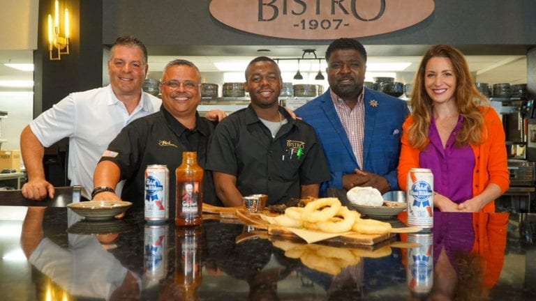 Wings & Rings with Mayor Brown | Pesto's Test Kitchen